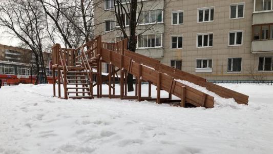 Зимняя горка Снежинка-2 (спуск 7 м)